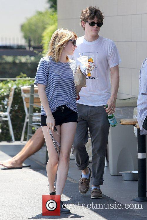 Evan Peters and Emma Roberts 10