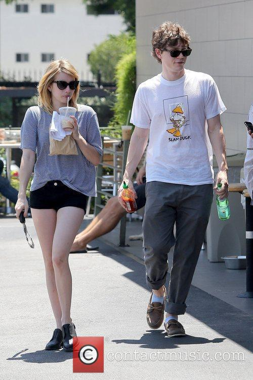 Evan Peters and Emma Roberts 8