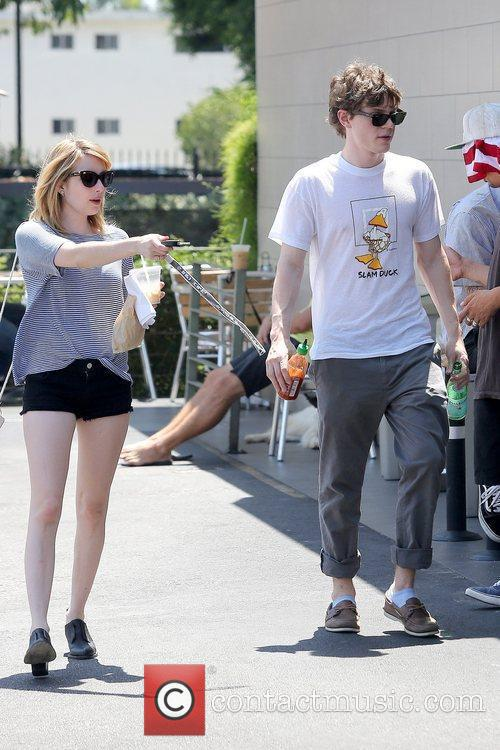 Evan Peters and Emma Roberts 9