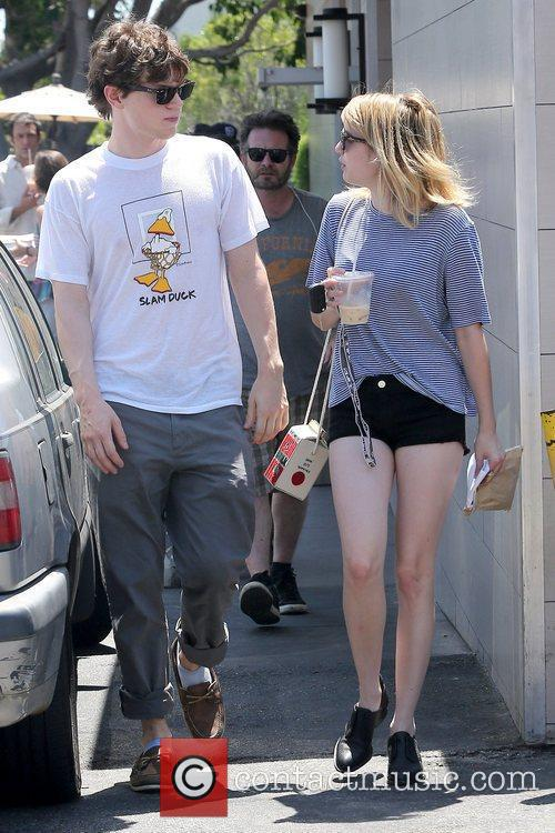 Evan Peters and Emma Roberts 1