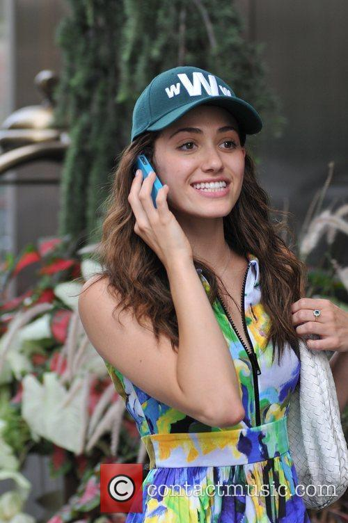 actress emmy rossum seen on her cell 5888200