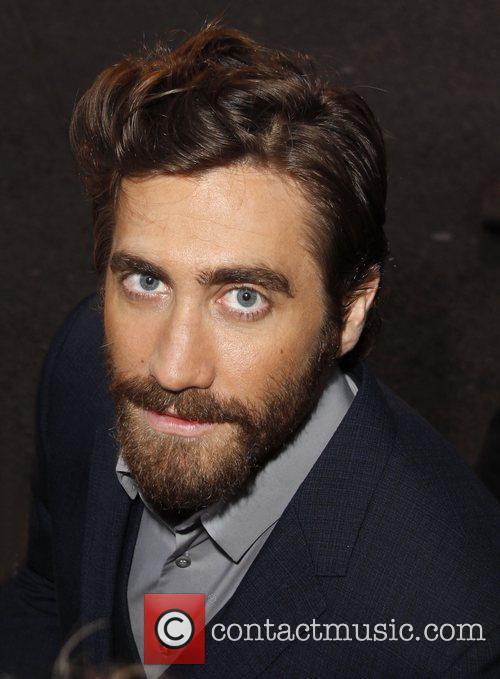 jake gyllenhaal los angeles premiere of end 4085895
