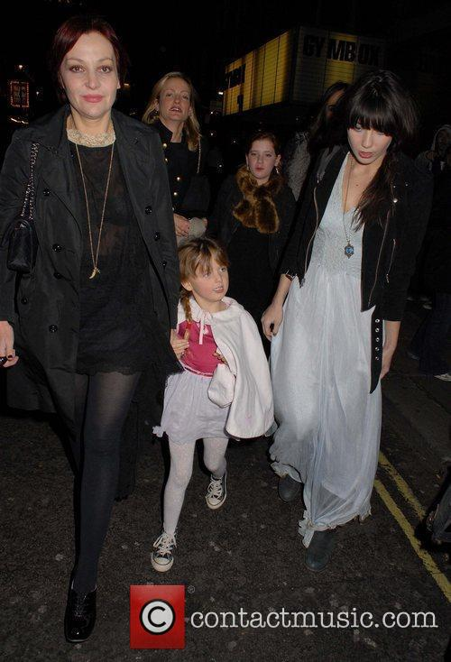 Pearl Lowe, Betty Lowe and Daisy Lowe English...