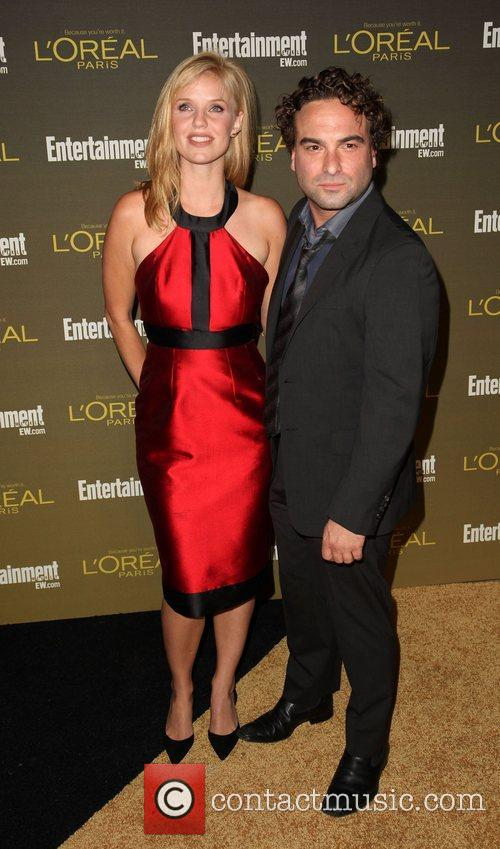 Kelli Garner and Johnny Galecki 2012 Entertainment Weekly...