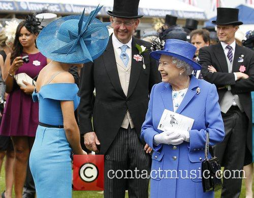 Katherine Jenkins and Queen Elizabeth Ii 11