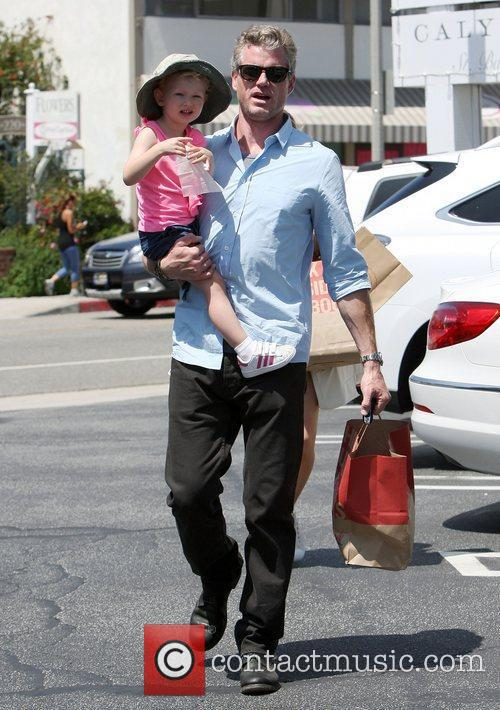 Eric Dane shopping in Brentwood with daughter Georgia...