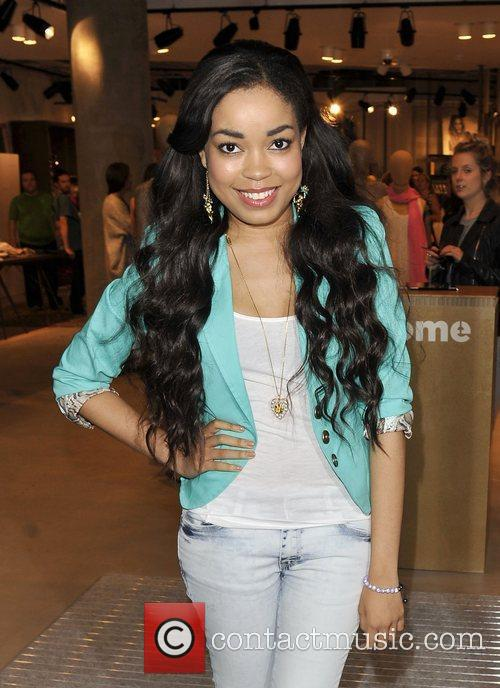 Dionne Bromfield Singer arriving at the Esprit store...