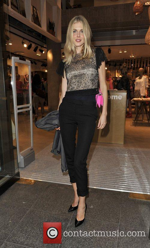 Donna Air Arriving at the Esprit store launch...