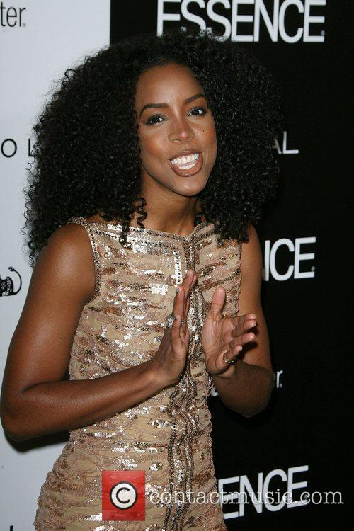 Kelly Rowland and Anika Noni Rose 5