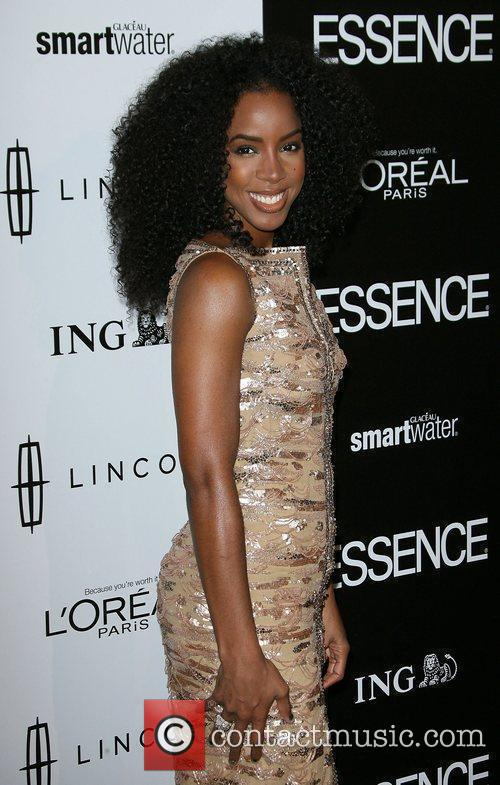 Kelly Rowland and Anika Noni Rose 9