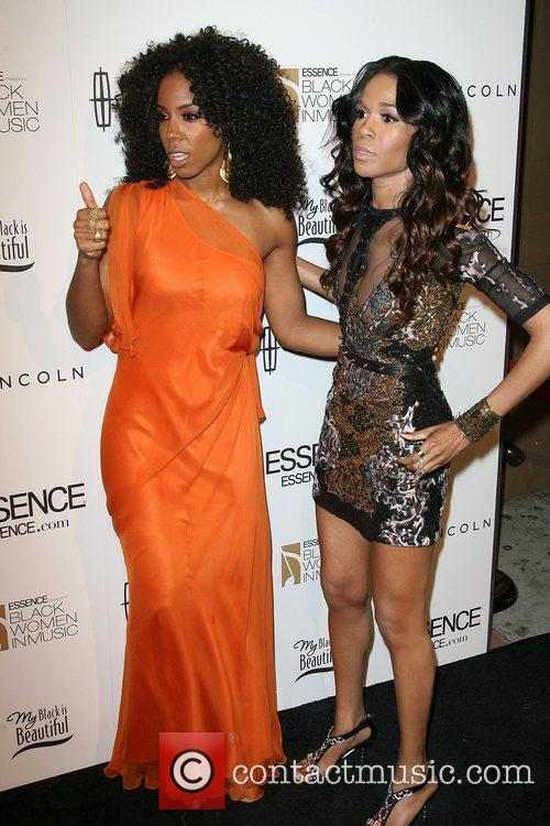 Kelly Rowland and Michelle Williams 2