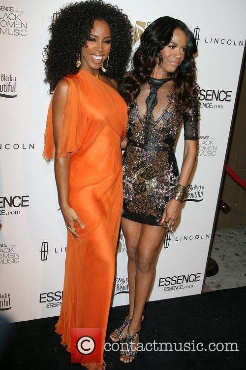 Kelly Rowland and Michelle Williams 3