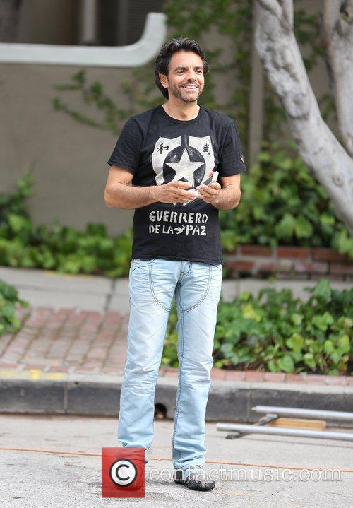 Eugenio Derbez filming