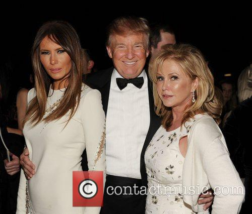 Melania Trump, Donald Trump and Kathy Hilton 1