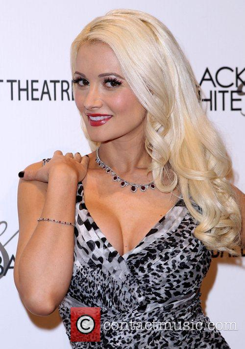 Holly Madison Black & White Ball Honoring Woman...