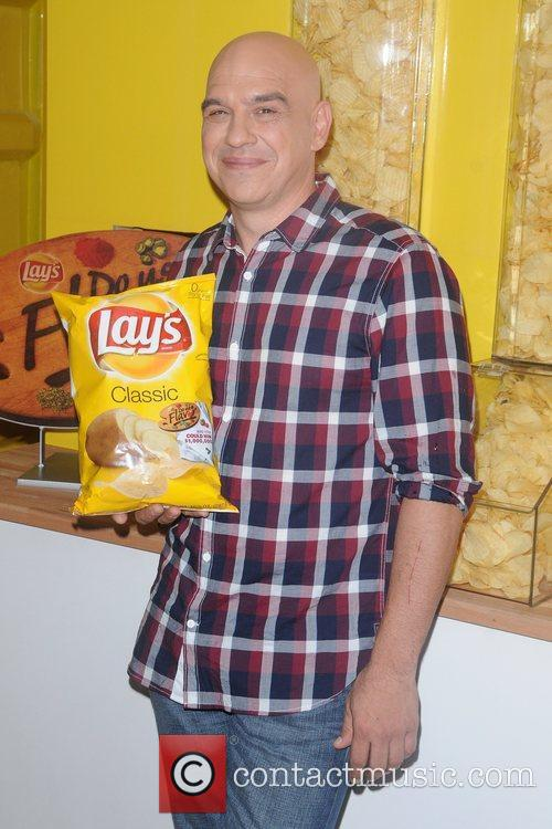 Lay's brand Do Us a Flavor contest kick...