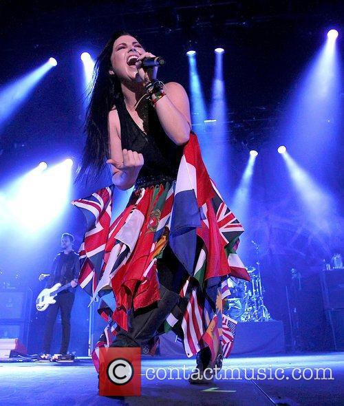 Amy Lee and Wembley Arena 3