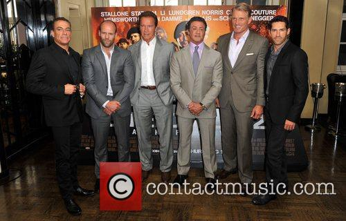 Jean Claude Van Damme, Dolph Lundgren, Jason Statham and Sylvester Stallone 3
