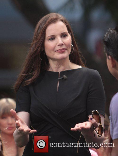 Geena Davis at The Grove to appear on...