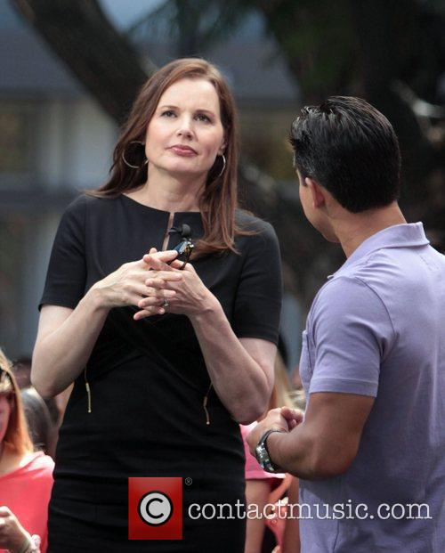 geena davis at the grove to appear 4048993