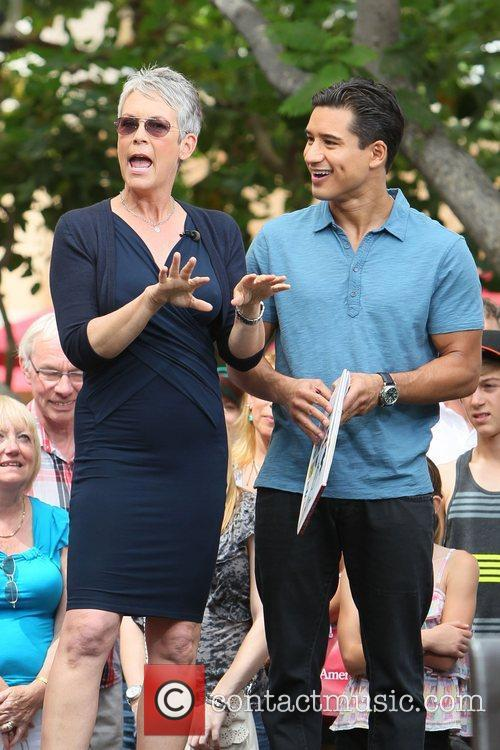Jamie Lee Curtis and Mario Lopez 4