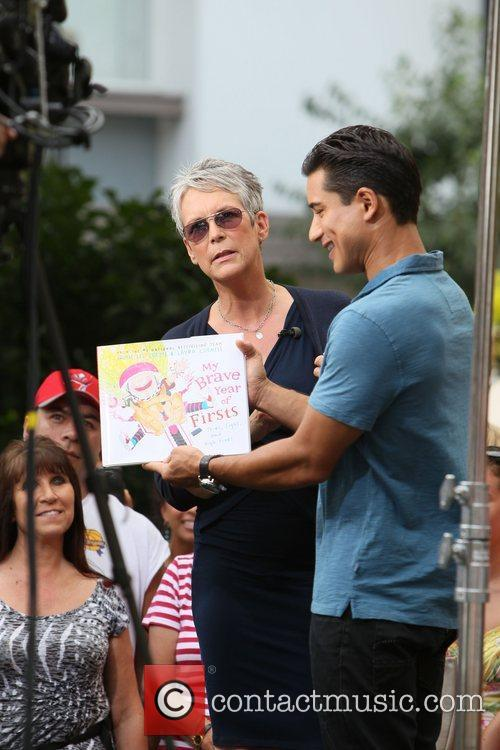 Jamie Lee Curtis and Mario Lopez 20