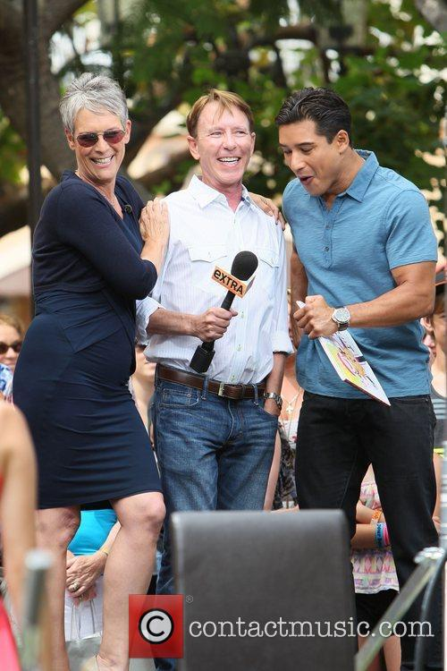 Jamie Lee Curtis and Mario Lopez 21