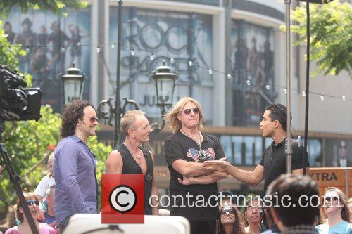 Def Leppard and Mario Lopez 3
