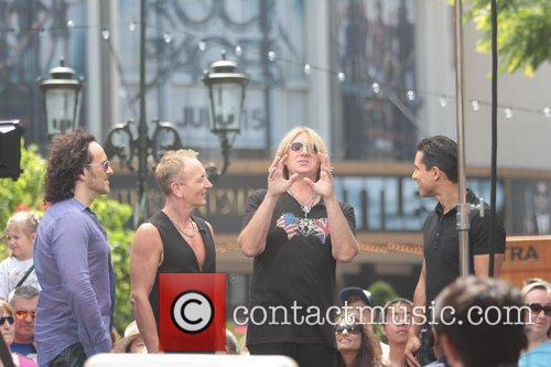 Def Leppard and Mario Lopez 6