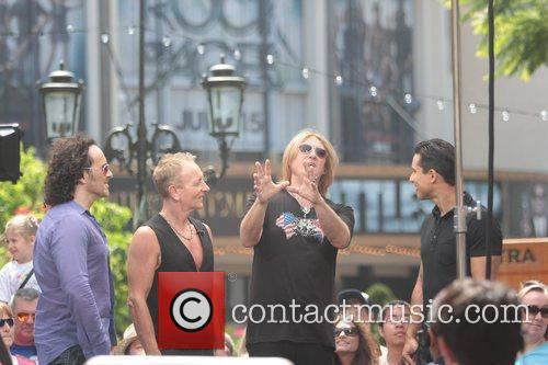 Def Leppard and Mario Lopez 7
