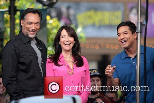 Jimmy Smits, Katey Sagal and Mario Lopez 3