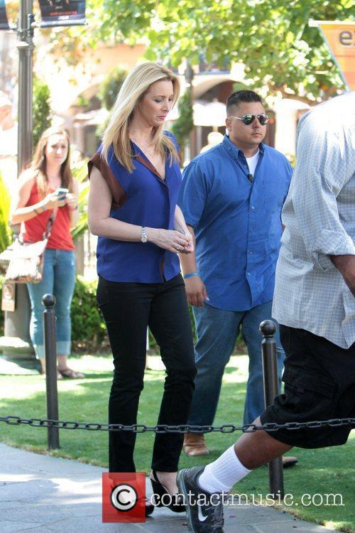 lisa kudrow celebrities at the grove to 5863112