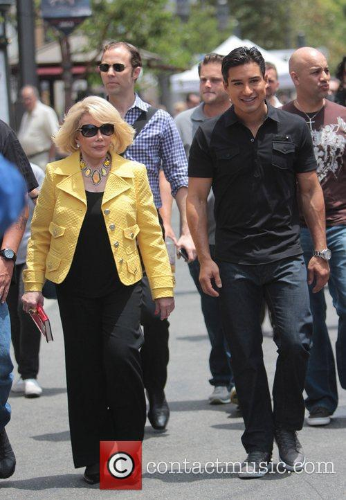 Joan Rivers and Mario Lopez 5
