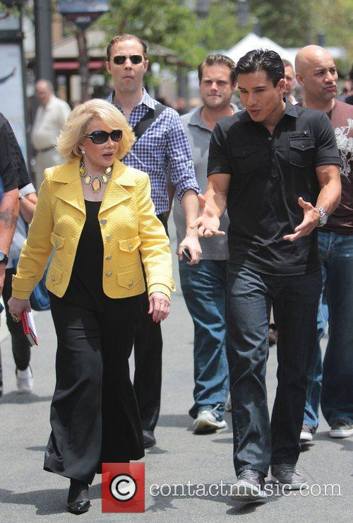 Joan Rivers and Mario Lopez 6