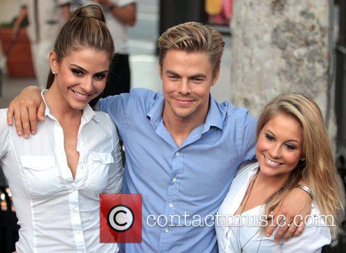 Maria Menounos, Derek Hough and Shawn Johnson 4