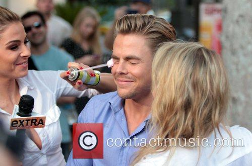 Maria Menounos, Derek Hough and Shawn Johnson 6