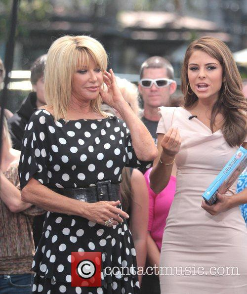 Suzanne Somers and Maria Menounos 5