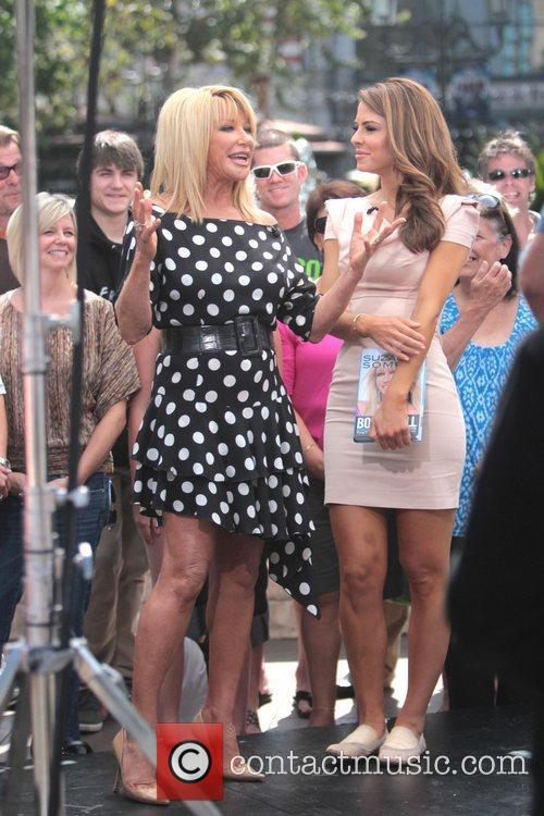 Suzanne Somers and Maria Menounos 8