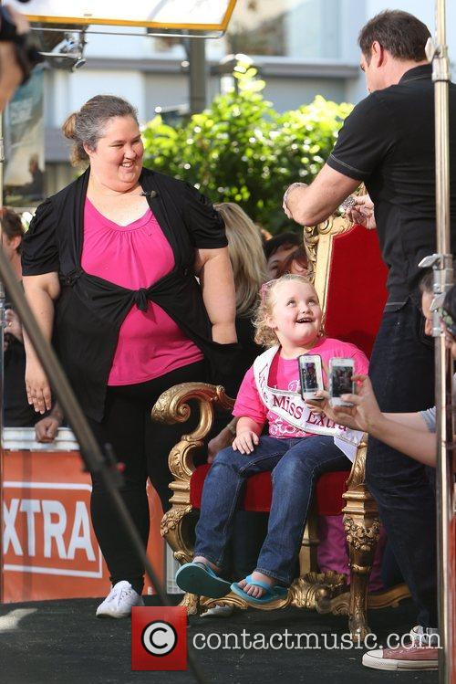 Here Comes Honey Boo, Boo, Alana Thompson and Mama June 17