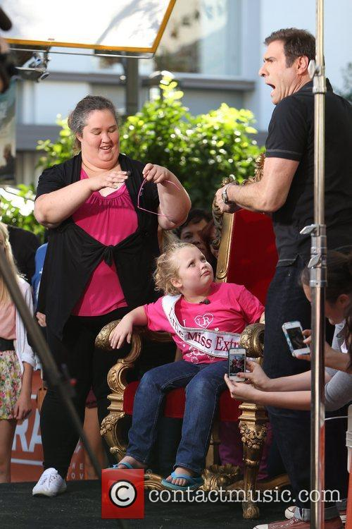 Here Comes Honey Boo, Boo, Alana Thompson and Mama June 24