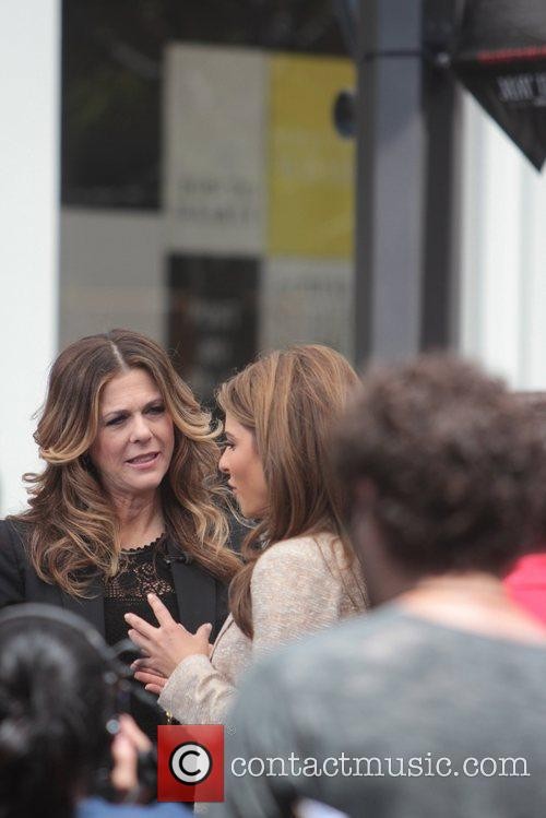 Maria Menounos and Rita Wilson 2