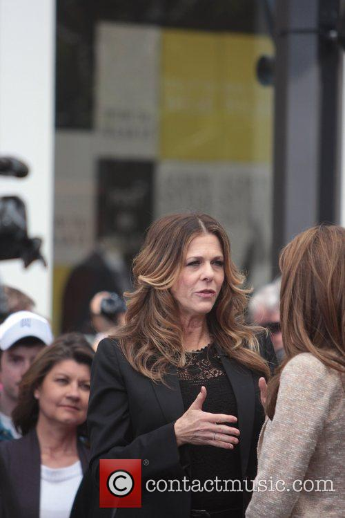 Maria Menounos and Rita Wilson 3