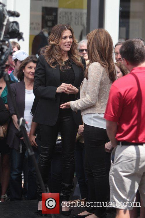Maria Menounos and Rita Wilson 7