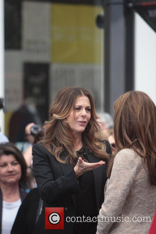 Maria Menounos and Rita Wilson 9