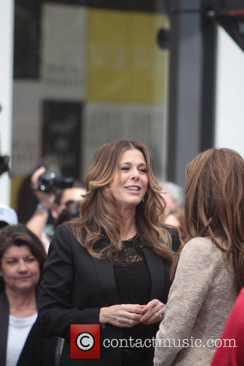 Maria Menounos and Rita Wilson 1