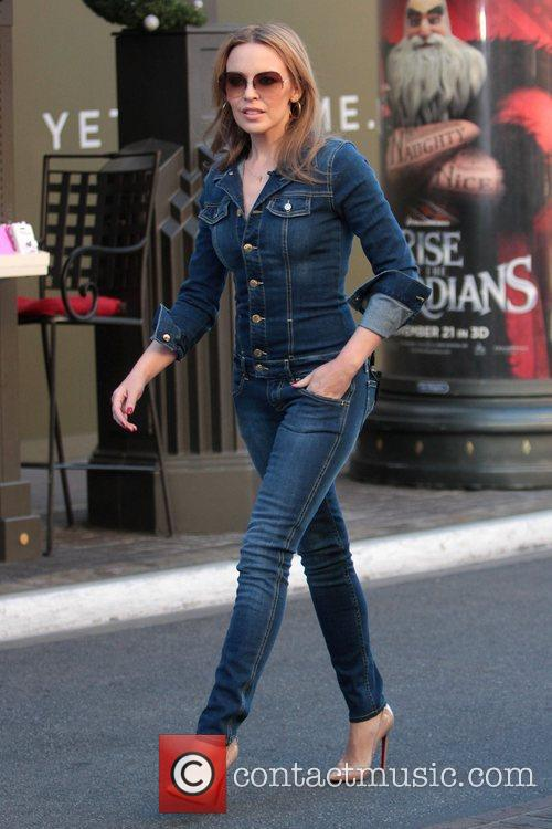 kylie minogue celebrities at the grove to 5950531