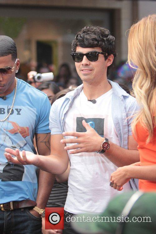 nelly and joe jonas promote their show 5894110