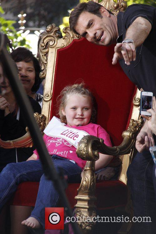 Here Comes Honey Boo, Boo, Alana Thompson and Mama June 27