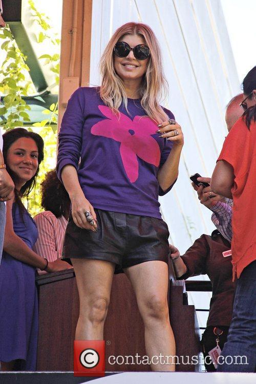 fergie seen at the grove to appear 5934331