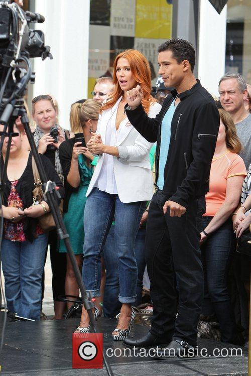 Poppy Montgomery and Mario Lopez 5